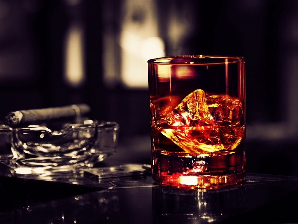 Des glaçons Ice-prod pour un whisky On-the-Rocks